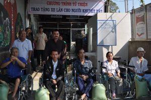 Lương y Võ sư Nguyễn Đông Đức – Cống hiến hết mình vì sức khỏe cộng đồng -  Thầy thuốc và cuộc sống
