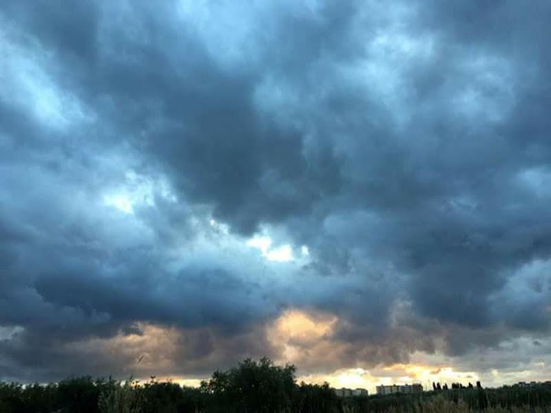 Blue Sky - il cielo sopra Bitritto di marco_de_giosa