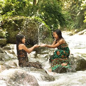 Splash & Splash by Arindra Arindra - Babies & Children Children Candids ( water, children )