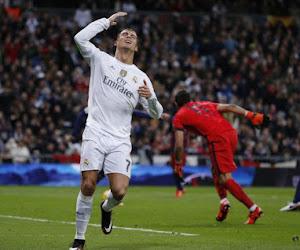 """Twitter lacht met onzichtbare Ronaldo: """"De zoektocht naar hem gaat verder"""""""