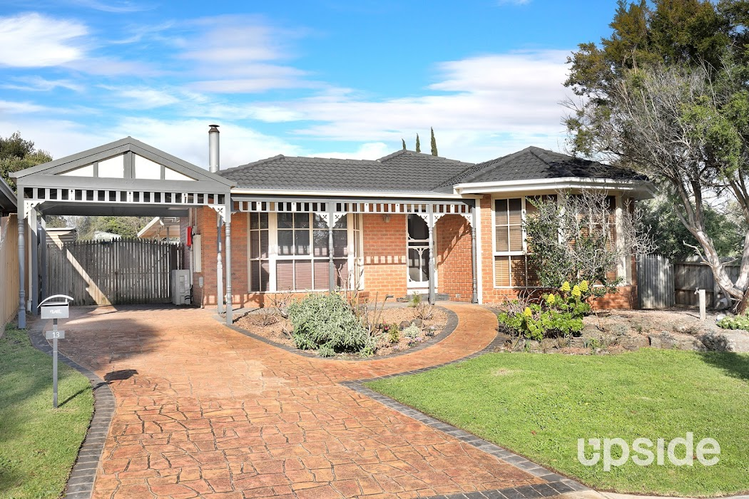 Main photo of property at 13 Kooluna Court, Frankston 3199