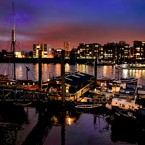 Thames by Angel Weller - Buildings & Architecture Other Exteriors ( water, sky, boats, buildings, city )