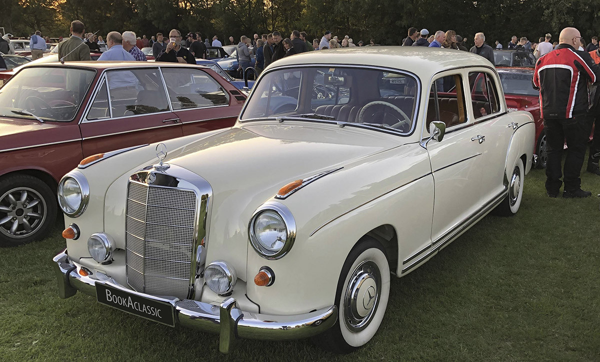 Mercedes-Benz 220s Hire Daventry