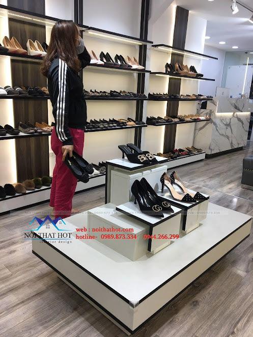 thiết kế thi công shop giày dép thời trang ha huyen 8