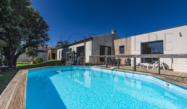 Maison avec piscine et terrasse Saint-Mathieu-de-Tréviers
