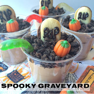 Spooky Graveyard Dirt Pudding Cups.