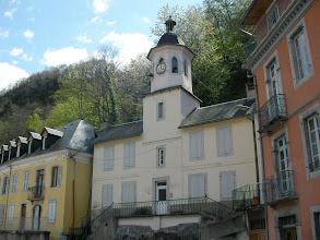 Photo: Saint Sauveur : la maison à l'horloge