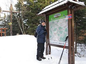 """Photo: 24.Śnieżnica (1006 lub 1007 m). Pierwszą wysokość podaje mapa Compassa. Drugą przewodnik """"Beskid Wyspowy"""" Dariusza Gacka. Widoków niestety brak."""