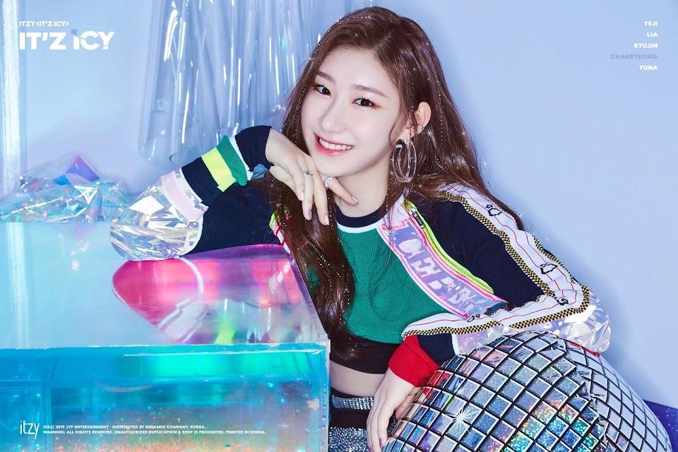 itzy-ITz_ICY-chaeryeong-profile-image.jpeg