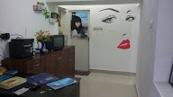 Tulips Magenta Beauty Parlour photo 1