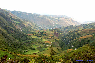 Photo: Vista panoramica Leymebamba