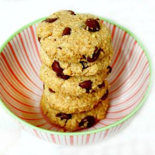 Vegan Gluten-Free Chocolate Chip Cookies (Vegan, Gluten-Free, Grain-Free, Flourless, Dairy-Free, Egg-Free, Paleo-Friendly, No Refined Sugar).