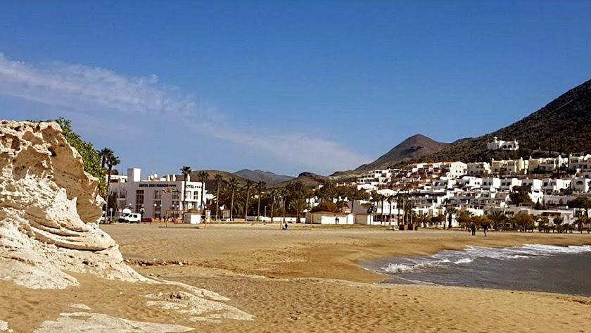 El núcleo turístico de San José y el hotel Don Ignacio que será ampliado al fondo.