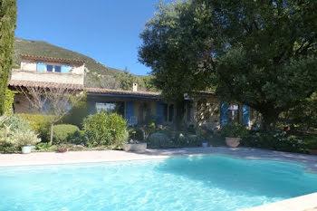 villa à Rustrel (84)