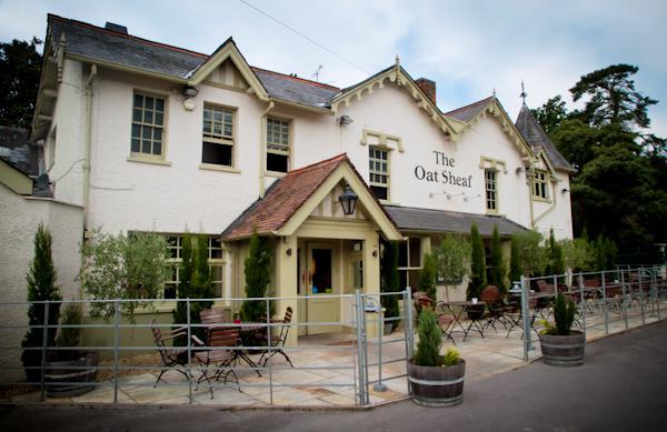 The Oatsheaf Pub in Fleet