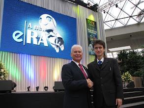 Photo: Я с Дином Манхейнмером, вице-президентом Дубли, доход больше полумиллиона долл в месяц