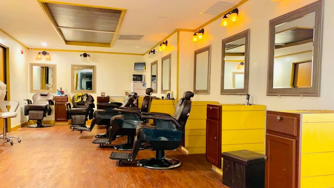 VIP QG Barbershop   Spa - A NEW KIND OF VIP FASHIONED BARBER SHOP 4224838940ded