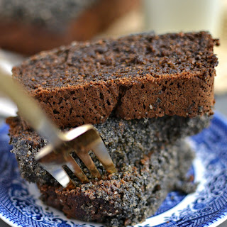 Black Sesame Streusel Caramelized Banana Bread