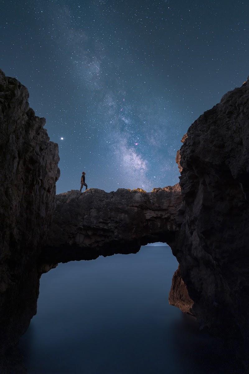 Cos'è l'uomo al cospetto dell'universo? di Massimo_Tamajo