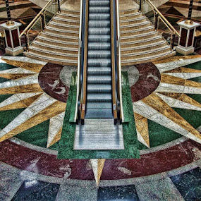 Escaleras... by Luis Orchevecs Ferenczi - Buildings & Architecture Other Interior