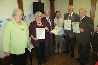 Photo: Ehrung von langjährigen Mitgliedern bei der Kirmesfeier
