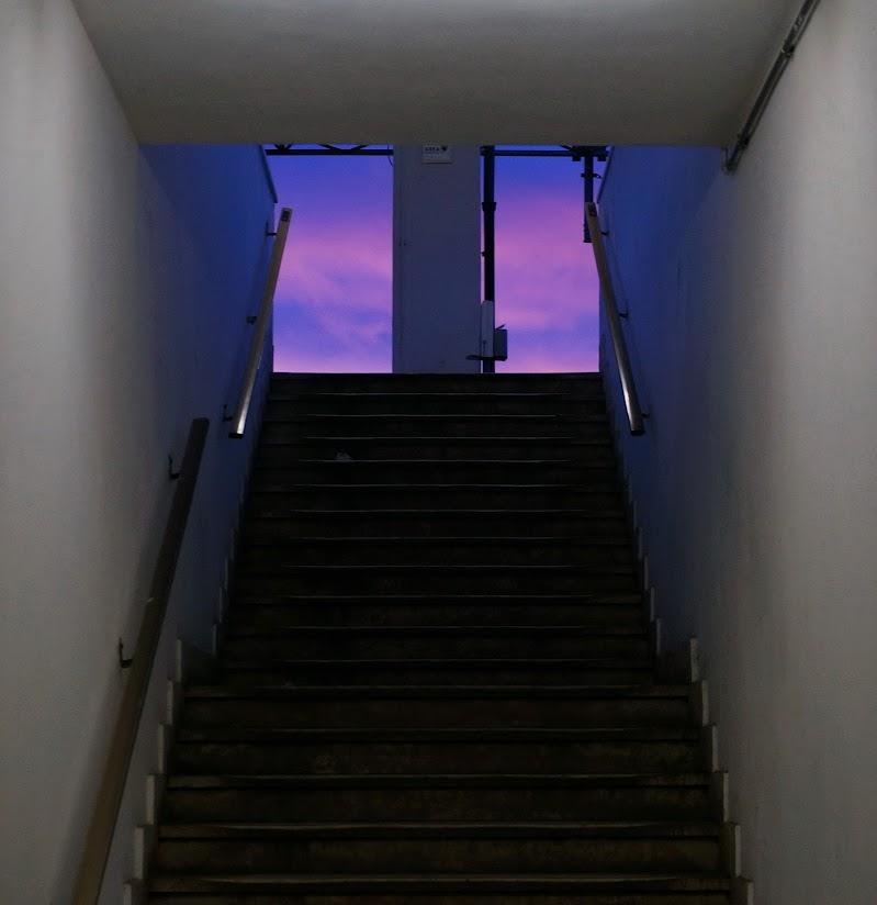 Knock-knock-knockin' on heaven's door ......... di jovi55