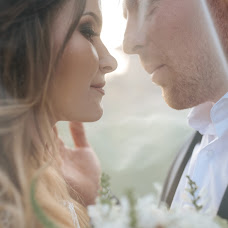 Wedding photographer Gicu Casian (gicucasian). Photo of 14.10.2018