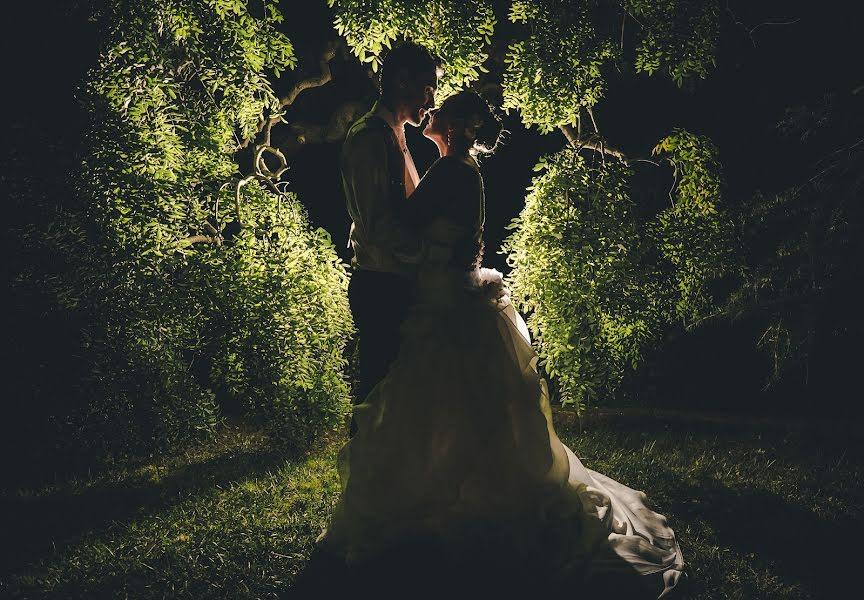 Wedding photographer Alessandro Biggi (alessandrobiggi). Photo of 01.11.2015