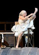 Photo: WIEN/ Burgtheater: WASSA SCHELESNOWA von Maxim Gorki. Premiere22.10.2015. Inszenierung: Andreas Kriegenburg. Alina Fritsch.  Copyright: Barbara Zeininger