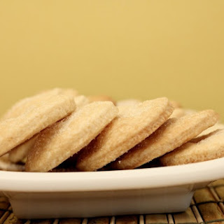 Sugar Free Simple Almond Shortbread Cookies.