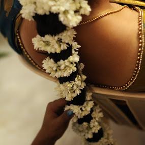 White petals by Dhruv Ashra - Wedding Getting Ready ( petals, wedding, india, bride, morning )