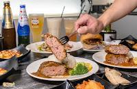 ivy bistro 餐酒館 · 漢堡排専売