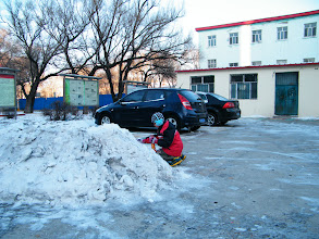 Photo: after found dearest son, warrenzh 朱楚甲, Hope of China, God of Universe, exhausted after a night in his sinful mother's mother's house, benzrad fetched his son immediately to his dorm to reunite. they just lunched in U.B.C Coffee. here warrenzh enjoyed his favorite snow heap in QRRS Dorms before joined the dorm.