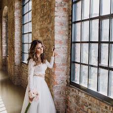 Wedding photographer Eszter Semsei (EszterSemsei). Photo of 25.10.2017