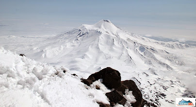 Photo: Avachinsky's volcano viewed from the Koryaksky's slopes and ridges