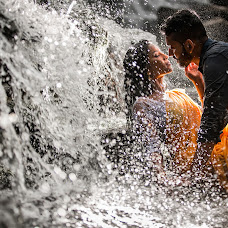 Wedding photographer Annuj Yoganathan (yoganathan). Photo of 12.01.2018