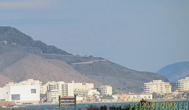 Photo: Utsikten visar oss även att det finns bebyggelse lite längre bort. Jo det är så, här finns hus lite överallt, högt som lågt