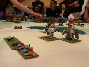 Photo: GUARD Horde and an element of G-Tanks (Shooter) hold out agains the onslaught of the MASSIVE Molemen Behemoths. The Molemen are pushing toward the GUARD Stronghold.