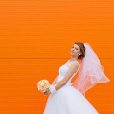 Wedding photographer Oleg Minibaev (OlegMinibaiev). Photo of 30.10.2013