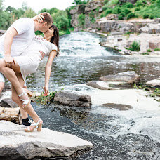 Wedding photographer Andrey Lavrinec (LOVErinets). Photo of 05.06.2018