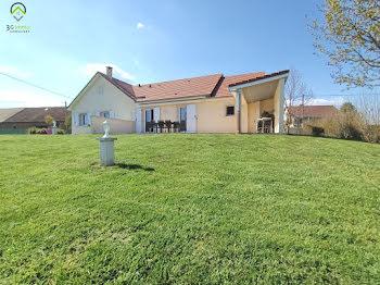 villa à Arnay-le-Duc (21)