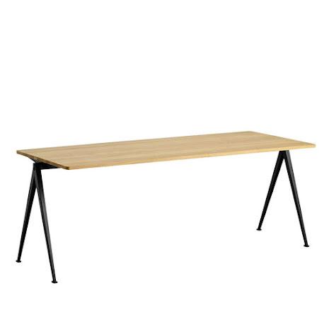 Pyramid Table 01, 200 cm