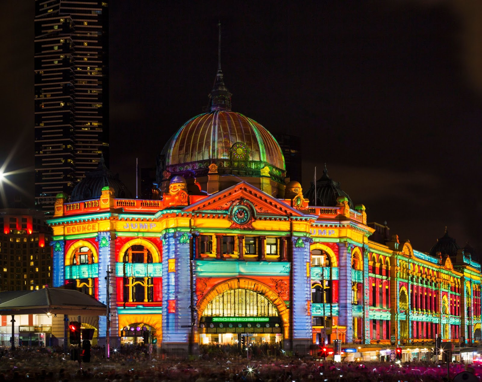 100 things to do in melbourne with kids white night melbourne flinders street station lights