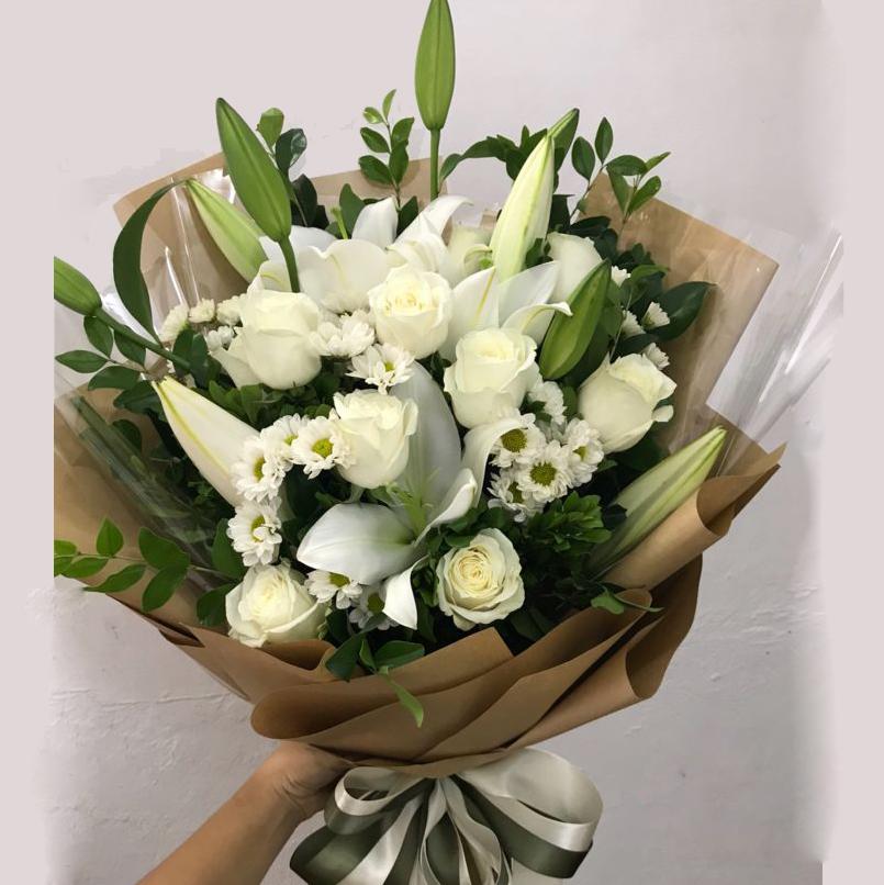 hoa ly tặng lễ tốt nghiệp
