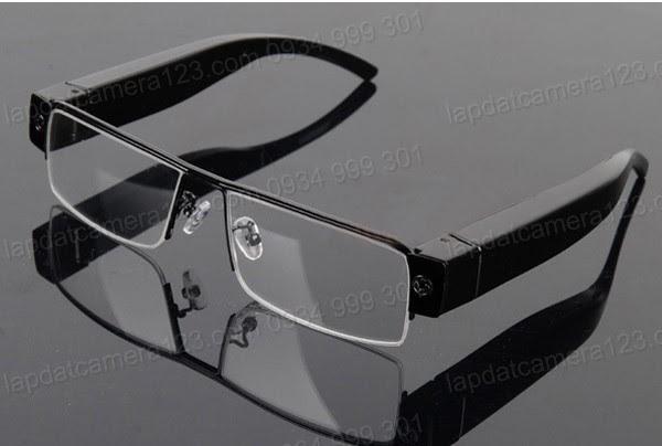 Camera dạng kính mắt