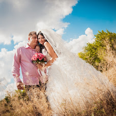 Wedding photographer Vladimir Kuzmak (vovchik-kd). Photo of 01.03.2014
