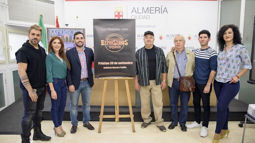 Presentación del homenaje a la Orquesta Expresiones.