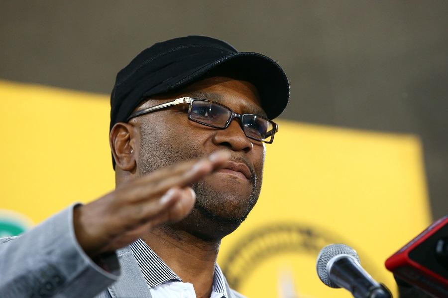 Minister van Sport ondersoek die uitspraak van PSL-wedstryde op SABC