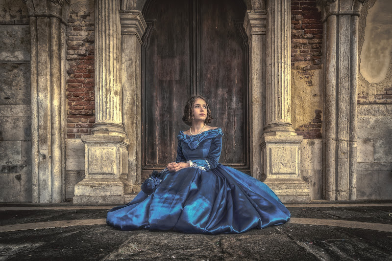 Lady in blue di Alan_Gallo