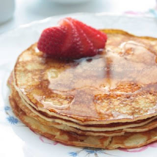 Cream Cheese Pancakes (Low Carb and Gluten Free).